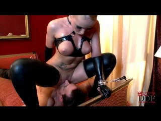 FEMDOM MISTRESS LATEX [Mistress Leather FemDom Anal Facesitting Strap On Latex Fetish BDSM Bondage Hardcore]