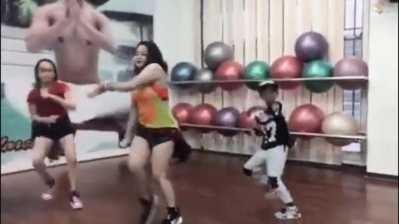 Bocah Zumba Dance Bersama Mama Muda