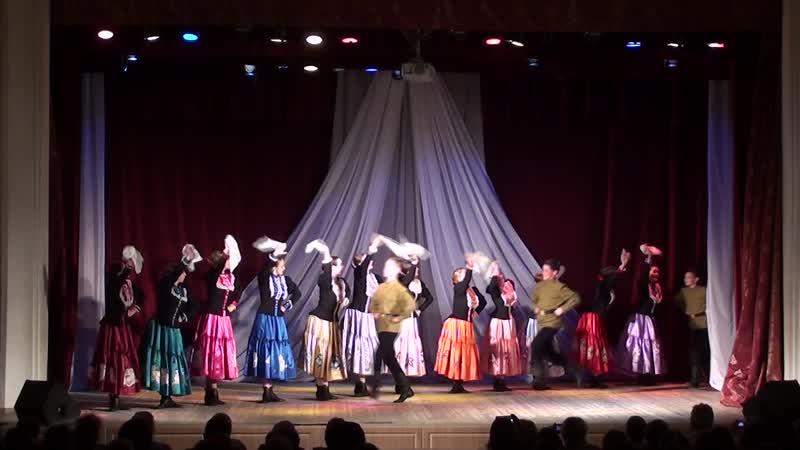 29.05.2019 Отчетный концерт в ДК танец Казачья пляска Варенька