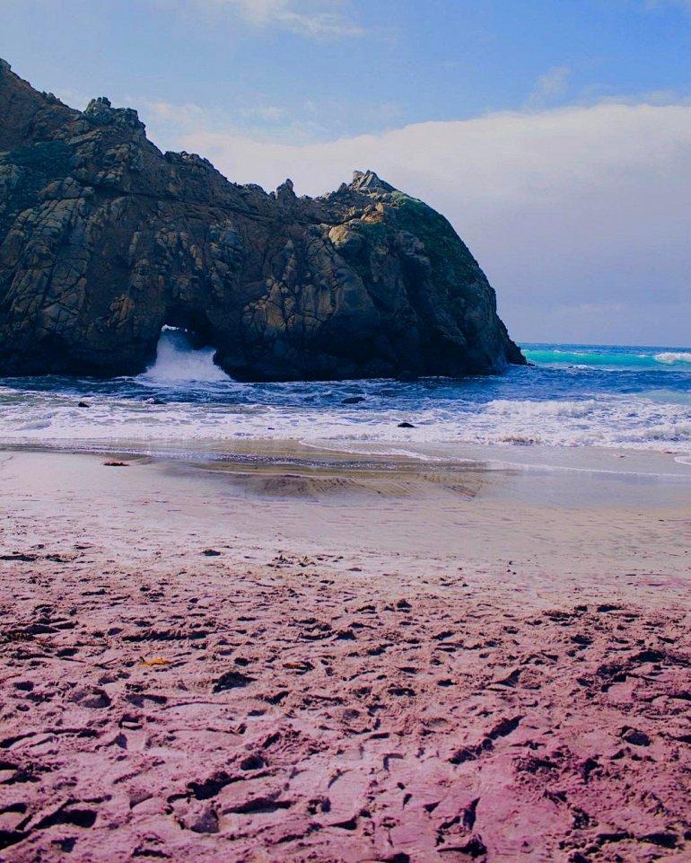 Пфайфер - пляж с фиолетовым песком, изображение №5