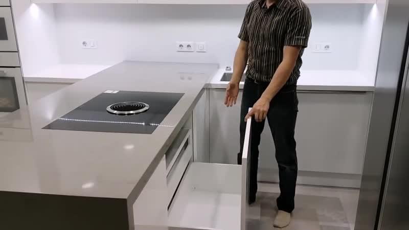Так должна выглядеть современная кухня из акрила кухня без ручек кухня с фурнитурой blum