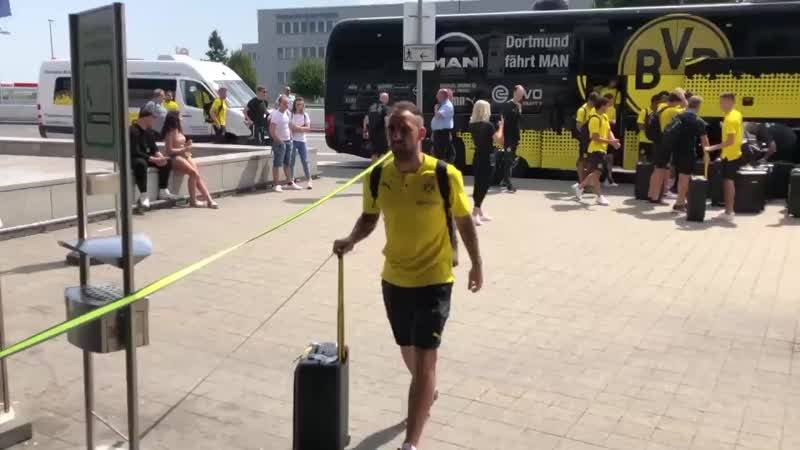 Die Borussen Команда вылетает на сборы в Бад-Рагац