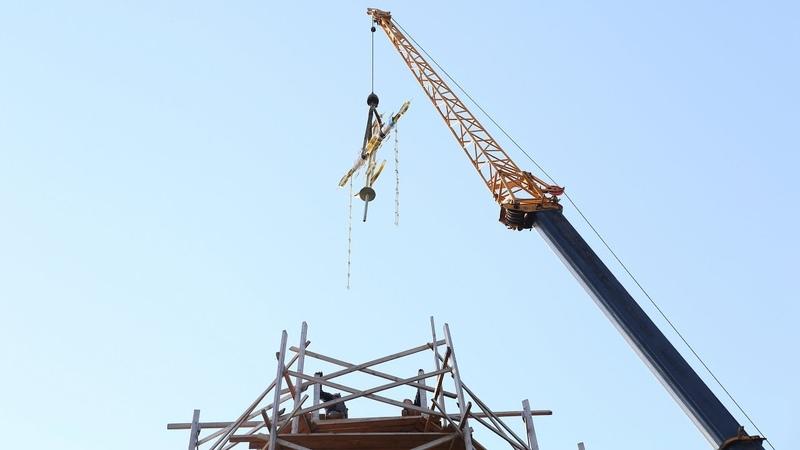 Новый крест установлен на купол Введенского храма в округе Луховицы