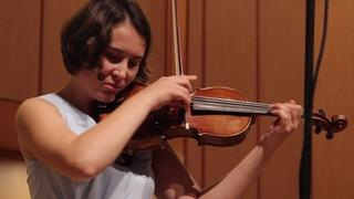 Полина Сенатулова исполняет  Сонату-балладу Изаи для скрипки  соло