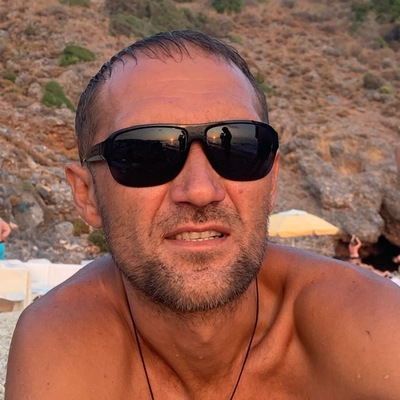 Максим Медведев