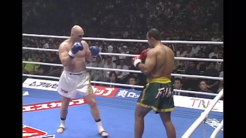 22 2003 07 13 Francisco Filho vs Mike Bernardo K 1 World Grand Prix 2003 in Fukuoka