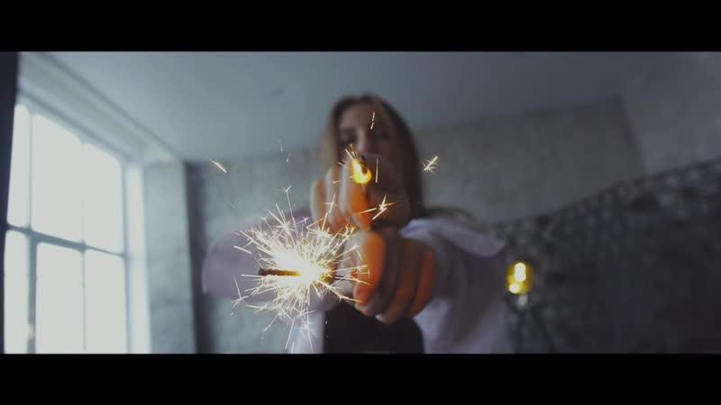 ANNA KRAVEC cam Chertov prohozhy