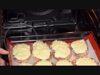 Мясо ,приготовленное по этому рецепту, получается очень сочным, вкусным!!