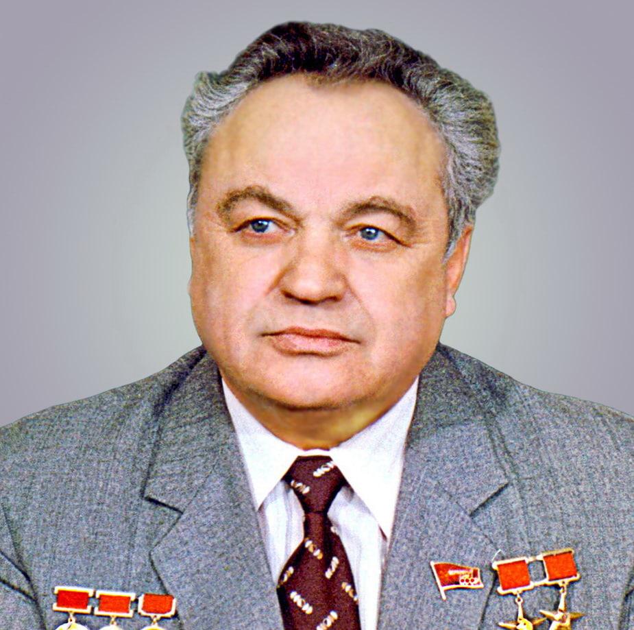 #kolomnareplay Макеев В.П. О таких людях забывать не принято