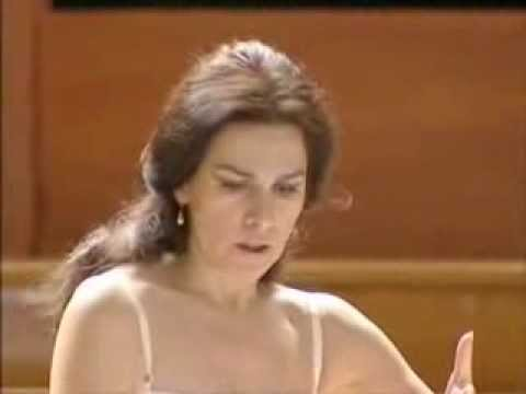 Angela Gheorghiu Sola perduta abbandonata Manon Lescaut