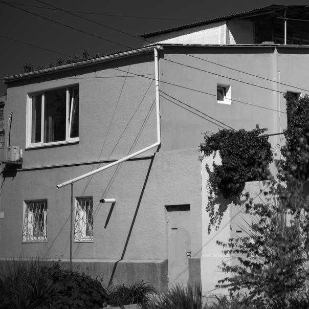 Анна Чеснокова: Поломанный дом, обманка светом