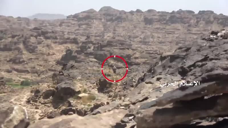Хуситы в боях с хадистами в горах района Муджаза провинция Саада
