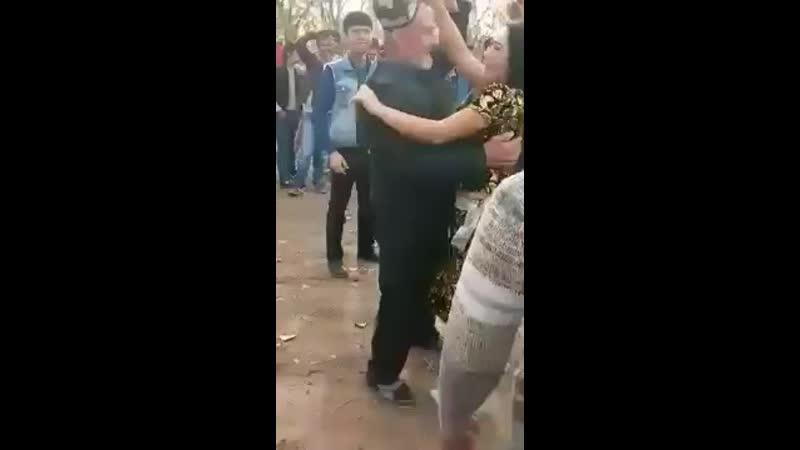 Дедушка пяний