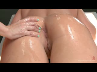 Dana DeArmond, Leya Falcon (Dana Dearmond gets her fist, foot and big black dick in Leyas ass)