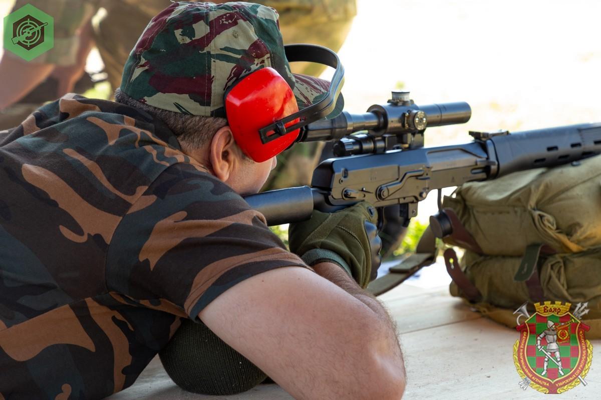 Photos de nos soldats et des Bases Marocaines - Page 7 4cdVRuwvjus