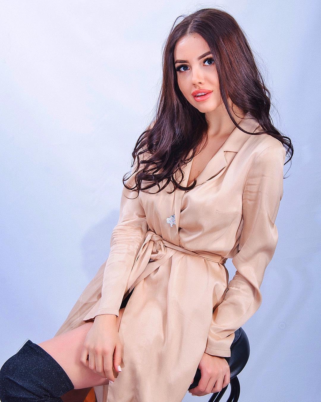 Bachelor Ukraine - Season 10 - Max Mihailuk - Contestants  - *Sleuthing Spoilers* UpTc4P5jGH8