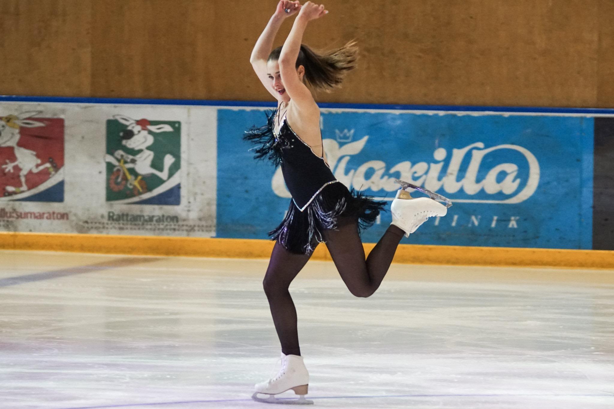 Группа Мишина - СДЮСШОР «Звёздный лёд» (Санкт-Петербург) - Страница 41 EhWFKsevRIc