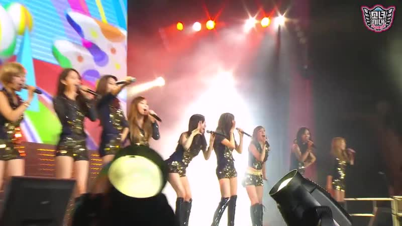 SNSD Girls' Generation HaHaHa Song SMTown Live in Madison Square Garden