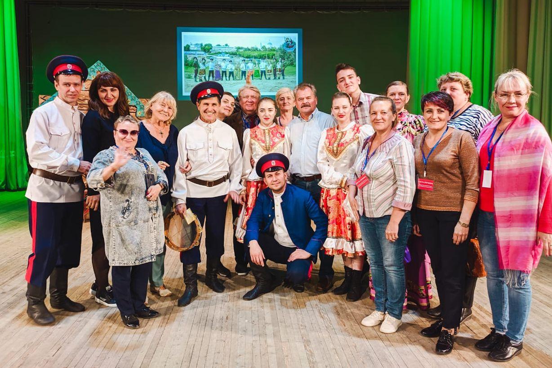 В Таганроге городе можно провести фестиваль иронии, а в казачьих станицах – фестивали вольницы