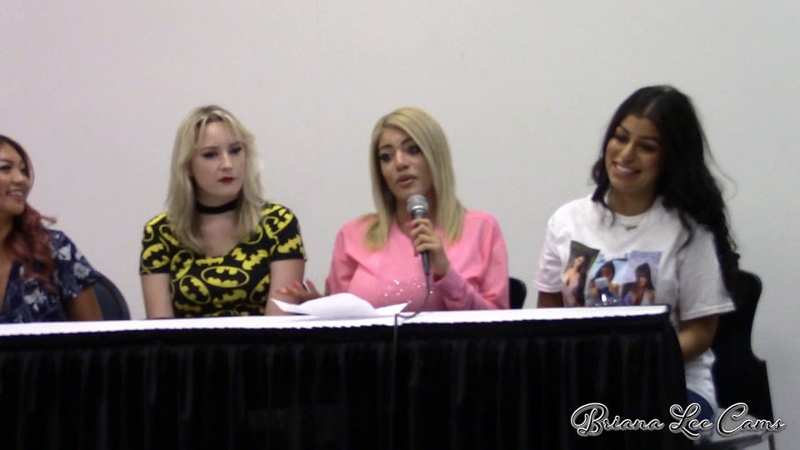 Camming 101 How To Be Your Own Boss Seminar at Exxxotica Portland 2019