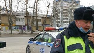 С начала недели в Томской области сотрудниками полиции выявлено более 100 нарушений водителями такси