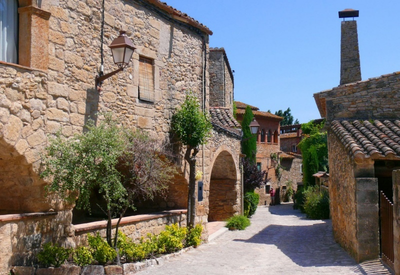 Самые красивые средневековые городки Каталонии, изображение №7