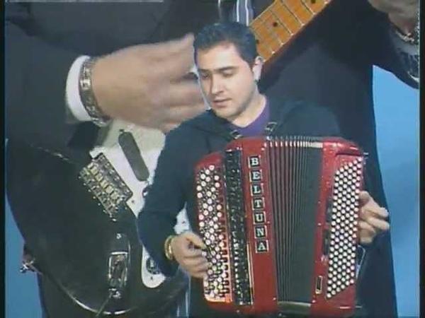 Alla Castellina brano di Carlo Venturi eseguito da Davide Salvi.MPG