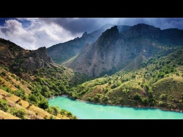 КРЫМ :Горное озеро Панагия (в народе именуемое «Изумрудное озеро Крыма»)