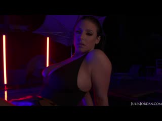 Angela White - Dark Seduction, Fucks Under Neon Lights At Night [Big Butts, Big Cocks, Big Tits, Blowjobs, Deep Throat, Facial]