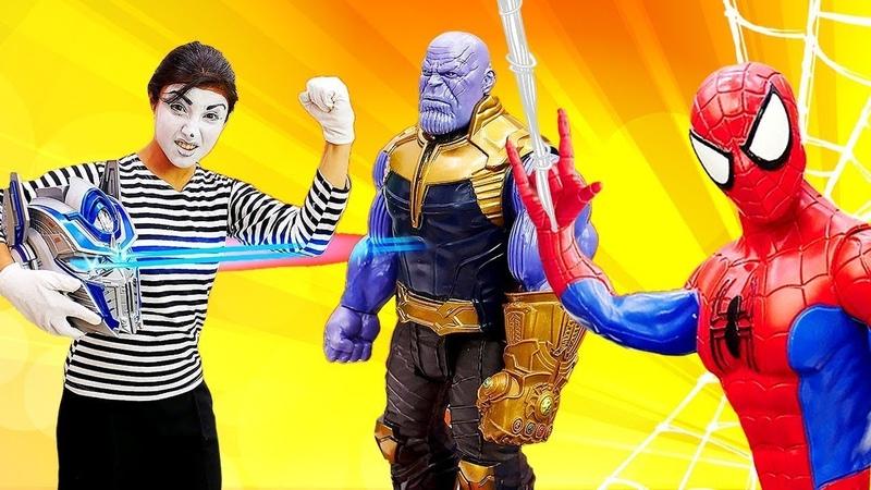 Marvel Superhelden und die Clowns Lustiges Spielzeug Video für Kinder