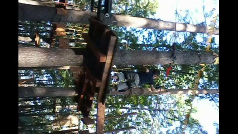 шамиль в веревочном парке