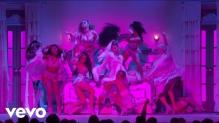 """7 rings / thank u, next / imagine / my favorite things"" (Live From The 62nd GRAMMYs ® ..."