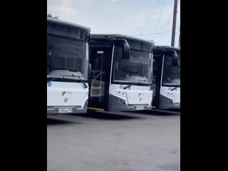 Вот так вчера новые  приходили в филиалы Мострансавто. Сегодня они уже на маршрутах.