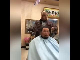 Когда пришёл не к опытному парикмахеру