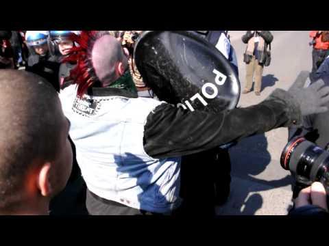 PUNKS VS POLICE