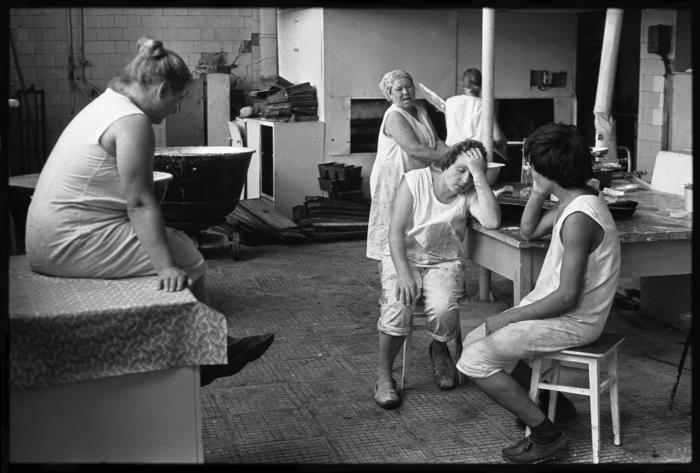 Отдых хлебопеков, село Огундай, СССР, 1980 год. Фотограф: Владимир Соколаев.
