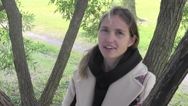 Мария Леонтьева - У Ярославского вокзала (Автор Мария Леонтьева)(Стихи).mp4