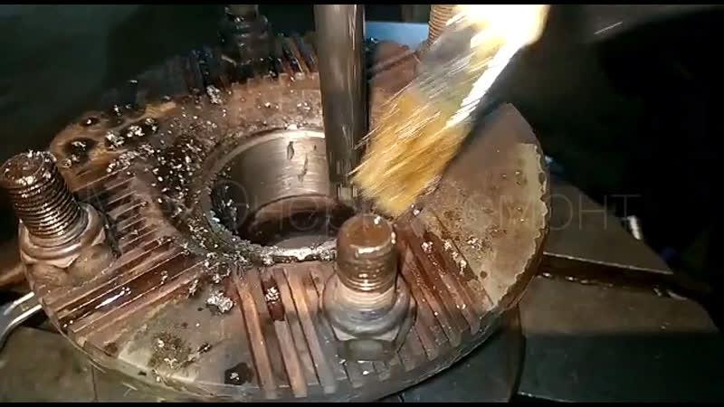 Долбежка фланца ведущей шестерни главной передачи карданового вала | МехЭнергоРемонт | СПб