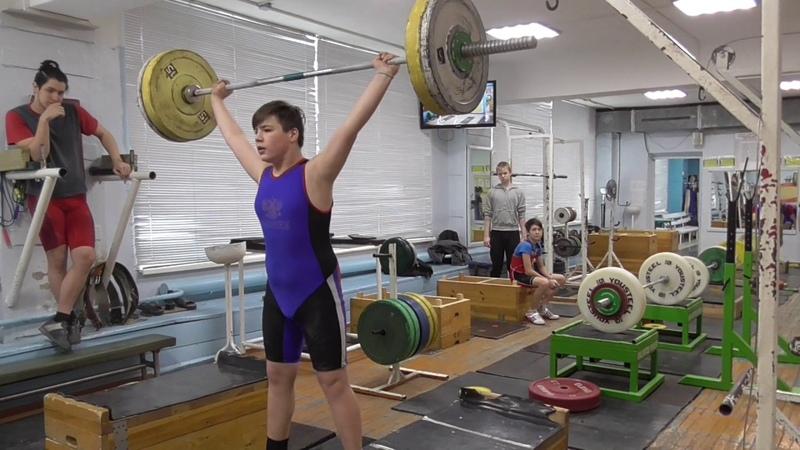 Пряничников Максим 13 лет вк 81 Рывок с плинтов 62 кг