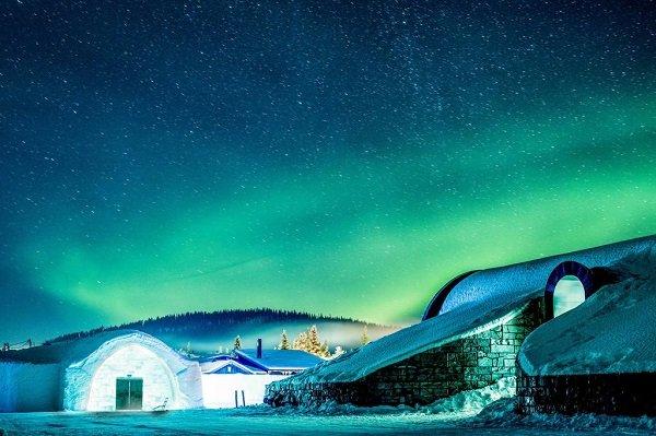 Леденящая красота отеля в Юккасъярви Среди заснеженных пейзажей маленькой шведской деревушки Юккасъярви (Juasjarvi) находится одна из самых популярных и неземных достопримечательностей страны -