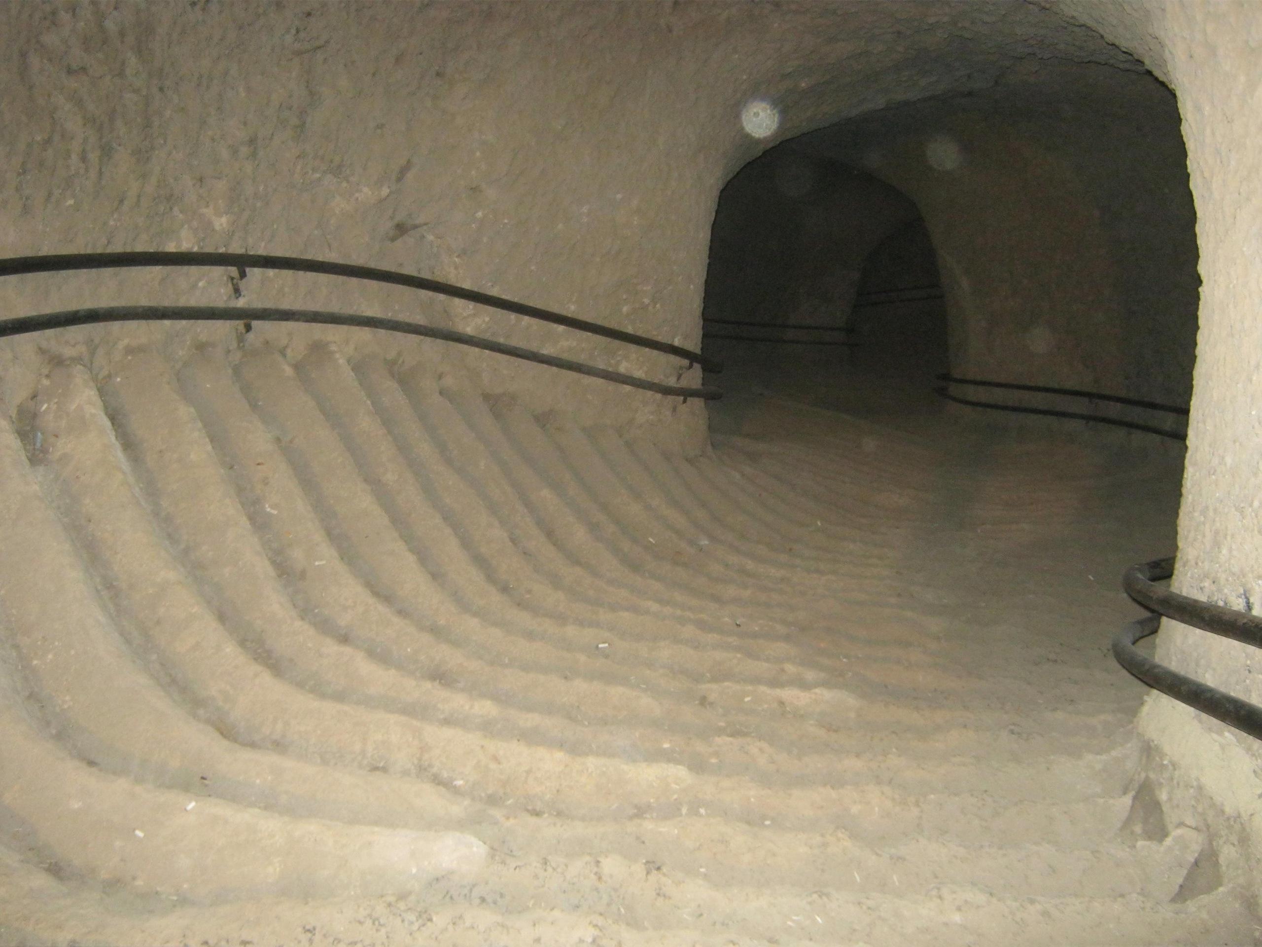Туннель в крепости Боябат
