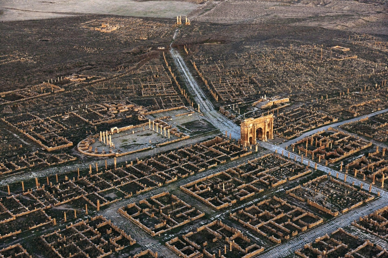 Тимгад — один из наиболее хорошо сохранившихся древнеримских городов