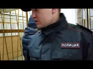 В ОМВД РФ по городу Миассу не соблюдают масочный режим?