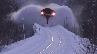 awesome powerful snow plow train removal