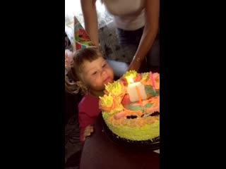 День рождения Ники. Ксения Саватеева