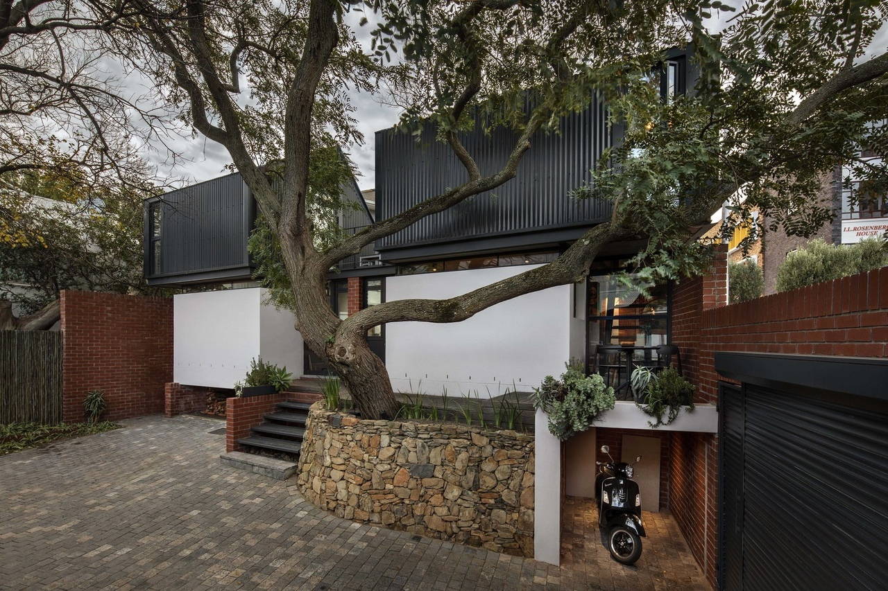250 Buitengracht House / Team Architects