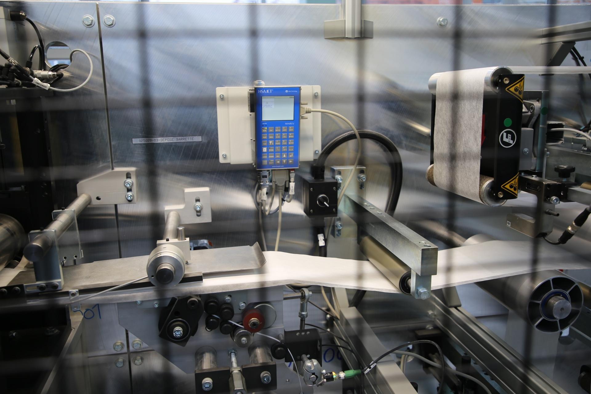 В Тверской области фабрика имени Горького запустила новое производство медицинских масок и респираторов  СПИРО-1000