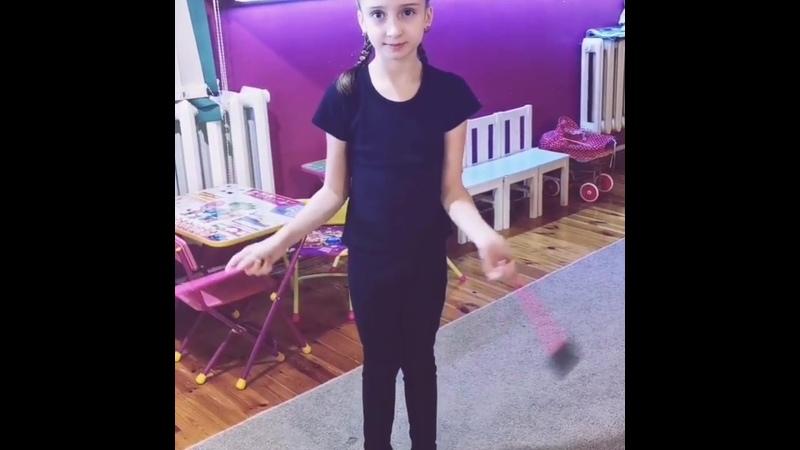 🎀🎀🎀Ксюша наша милая девочка такая умница и прилежная ученица Ходит в школу во второй класс У Ксюши много дел и занятия г