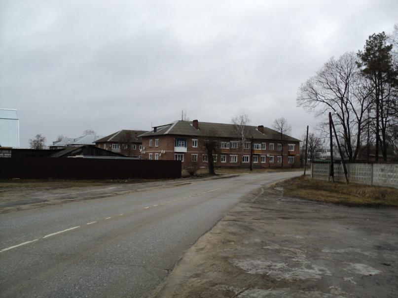 Типовая советская жилая архитектура 50-х годов в Белоомуте., изображение №33