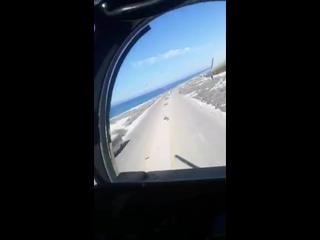"""Вертолет Ми-35М ВВС ЛНА проходит на """"лоу пасе"""" восток Ливии"""